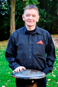 Dirk Riemekasten